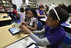 Kistler Elementary School Students Build a Foundation for Science with New iPads
