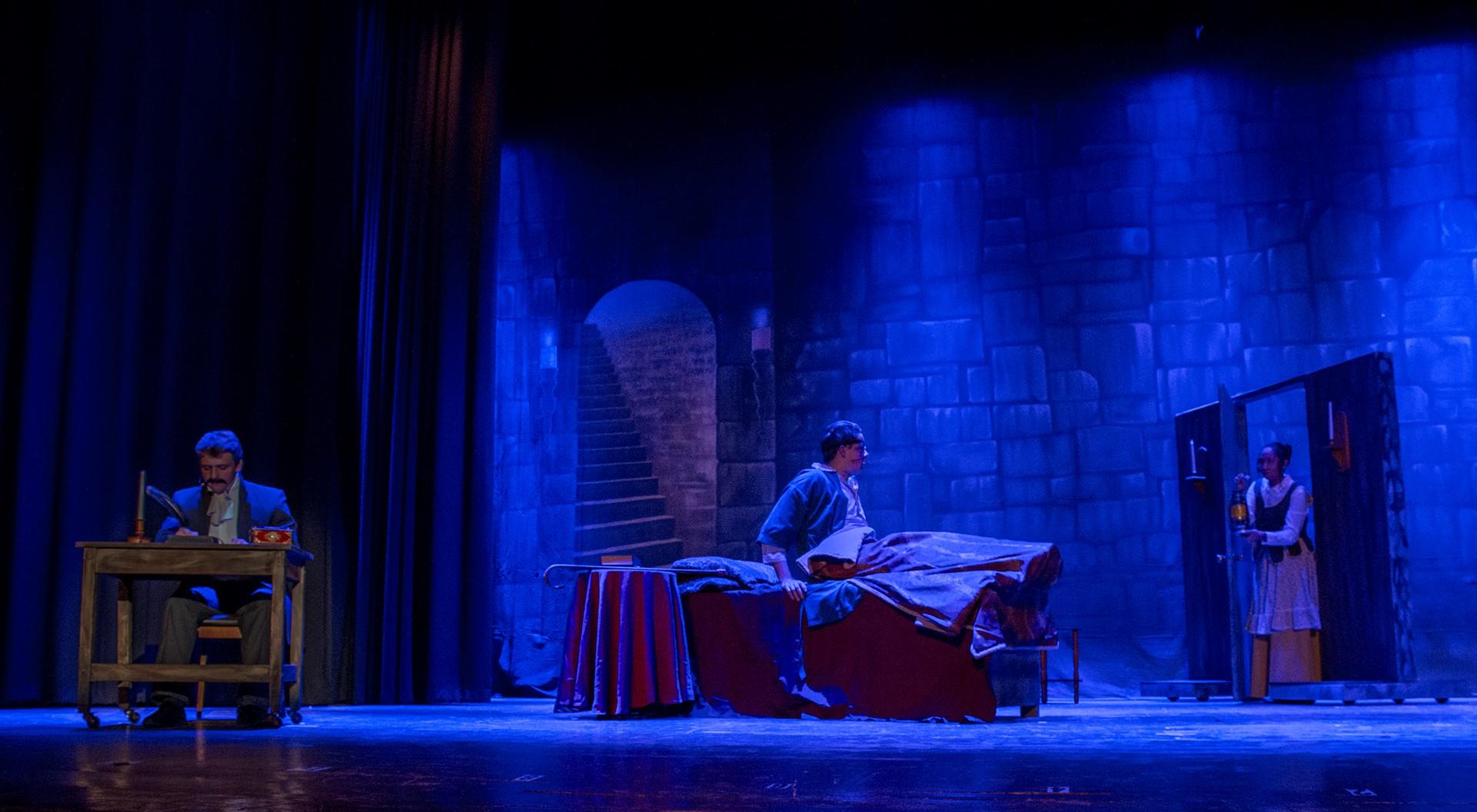 Nightfall with Edgar Allan Poe - 2016
